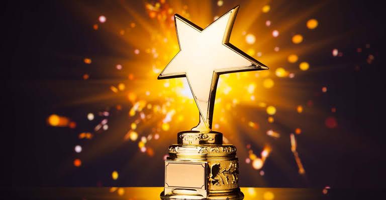TooXclusive music blog awards
